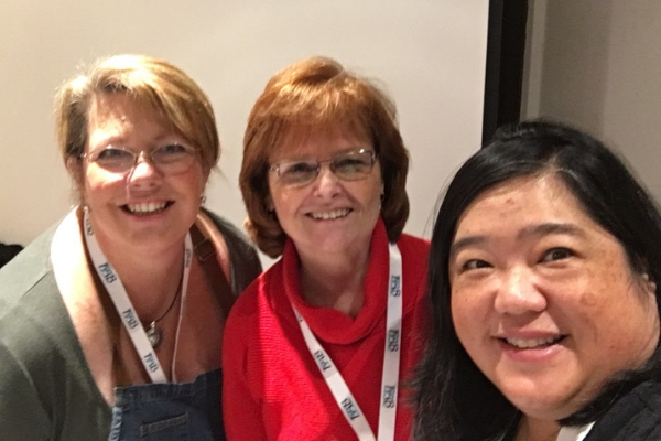 Sara, Jane, and I are getting ready demo making allergy friendly meals in Instant Pots at FABlogCon.